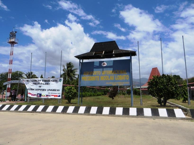 Bandara internasional di Dili